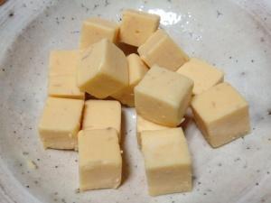 小岩井大人のチーズ ボロネーゼ風味